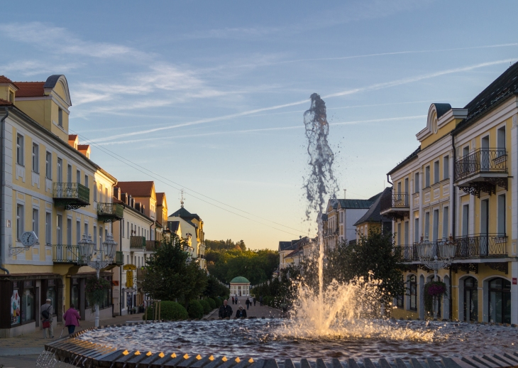 Promenade Brunnen